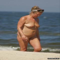 Mature Nudist Moms on holiday snaps