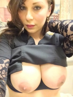 Busty young milf naked selfies - amatuer snapshot nudes