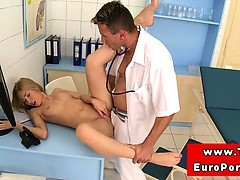 Blonde Teen Amateur Fucked By Doctor