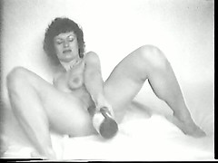 yvonne-and-her-bottle