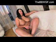 horny-cute-fat-bbw-ex-gf-masturbating-her-pussy