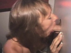 Mature Brunette Amateur Sucks And Fucked At Glory Hole