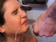 playgirl-receives-a-lusty-pissing-shower