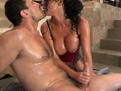 horny-housewife-surprise-cumshot