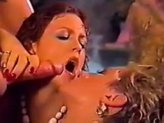 Wild Group Sex In The Warm Pool Classic