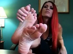 Sexy Redhead Shows Off Her Beautiful Feet