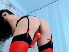 hot-horny-karisha-fingering-her-cunt-and-suck-her-dildo