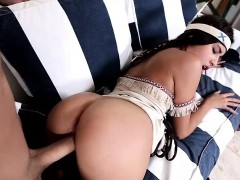 Enticing Sexy Teen Girl Dressed In An Indian Costume Zaya