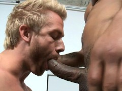 Man Likes To Suck This Huge Pulsating Cock
