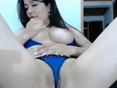 sexy-latin-slut-rubs-her-pussy