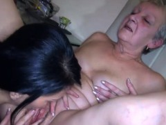 Julietta Loves To Eat Young Vagina