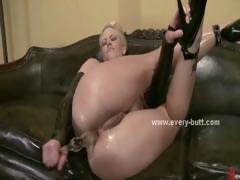 sexy-sluts-with-hot-round-asses-and-round-tits-playing-with