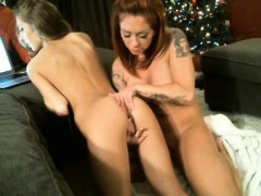 tattooed-redhead-and-brunette-lesbians-eat-and-finger-pussi
