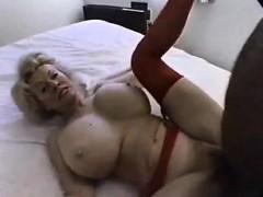 У телки попа красивая порно