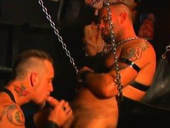 Tattooed Hunk Enjoys Fucking This Hung Stud While On A Sex Swing