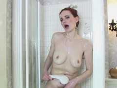 Sexy Mature Cougar Mistique Masturbates In The Shower