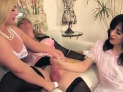 2-sissy-play