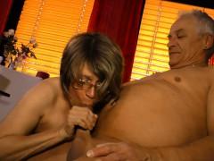 Hausfrauficken Mature German Housewife Gets Cum On Tits