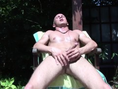 Sext neil jerking off his fine cock