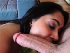 jazmine-lopez-gets-naughty-outside