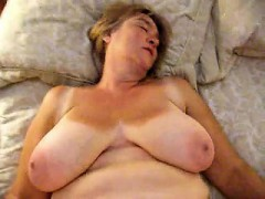image Dates25com asian horny chick put fingers in