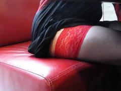 dark-tights-with-red-tops-upskirt-in-restoraunt