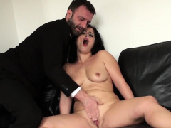 Bigass mature submissive fingerfucked