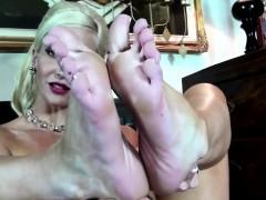 Mama Feet Soon From 1fuckdatecom