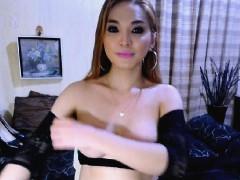 Big Tits Tranny Masturbating On Cam