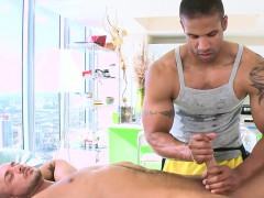 Twink Is Giving A Oral Stimulation For Homosexual Masseur