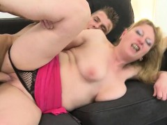 Pretty Mature Ma Banged By Boy Rou Sammy From Dates25com
