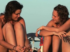 Nudist Beach Voyeur Vid With Amazing Nudist Teens