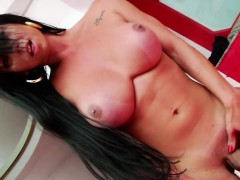 Big Boooty Shemale Milena Twerks And Jerks Off Her Lovely Di