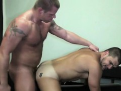 muscle-son-bareback-and-anal-cumshot