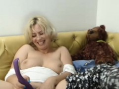 lustful-busty-milf-on-webcam-plays-with-sextoy
