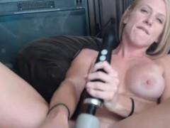 tasty-milf-enjoys-her-amazing-sex-toy