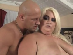 cheryl-lee-is-a-big-fat-and-horny-blonde-bbw-with-an