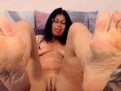 Cute Young Teen Is An Oily Dream For The Foot Fetish Masseur