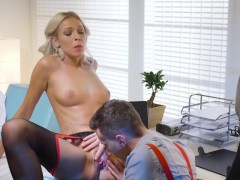 babes-office-obsession-employee-of-the-mo