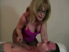 best-mature-milfs-and-best-handjobs