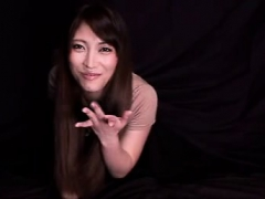 japanese-fingering-toying-cunt