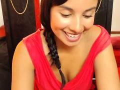 webcam-great-ass-latin-woman-teasing