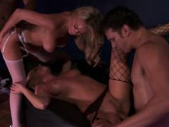 lesbian-sex-and-hetero-blowjob-hardcore