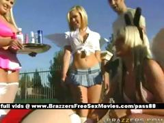 adorable-blonde-chick-outside-with-her-girlfriends-dressed