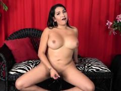 Curvy Amateur Trans Beauty Wanks Her Cock