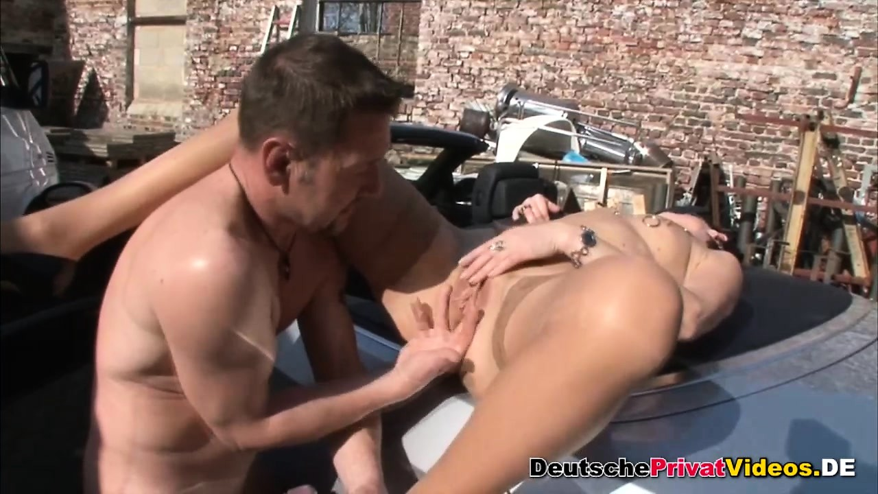 Sexy Lesbian Licking Pussy