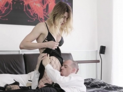 Hot Ts Casey Kisses Gives Hunk Dude An Anal Pounding