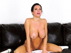 this-busty-babe-loves-fucking-live-so-you-can-watch