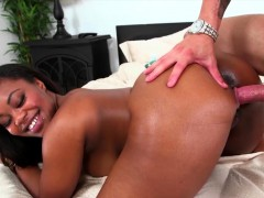 realitykings-round-and-brown-nina-rotti-t