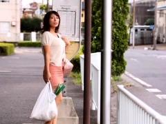 she-likes-taking-hard-jocks-by-strangers-in-public